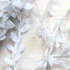 "Декоративная лента ""Листочки"" Цвет белый"