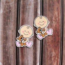 """Деревянная фишка """"Малыш с медвежонком"""" Цвет розовый"""