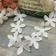 """Кружево """"Белые цветы"""""""